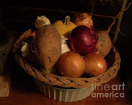 Winter Basket by Alice Mainville