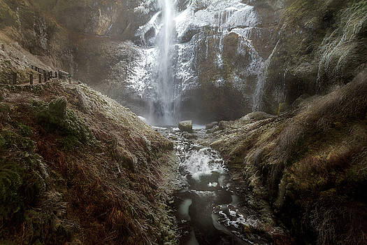 Winter Freeze at Multnomah Falls by David Gn