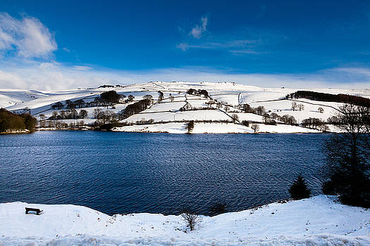 Winter in the Peak District by Mark Richardson