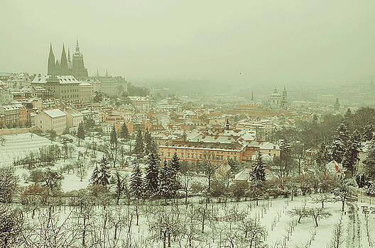 Jenny Rainbow - Winter Lesser Town Vintage. Snowy walk in Prague