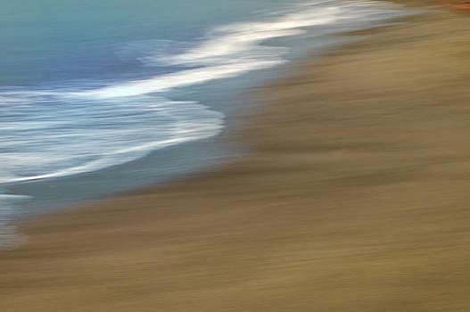 Winter Sea by Luigi Inzeo
