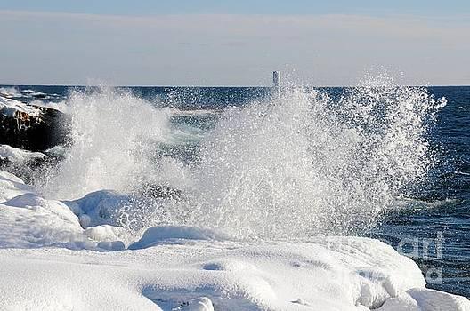 Winter Waves at Grand Marais by Sandra Updyke