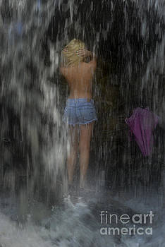 Dan Friend - Woman under waterfalls