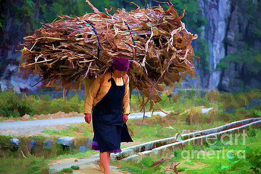 Chuck Kuhn - Woman Vietnamese Heavy Load