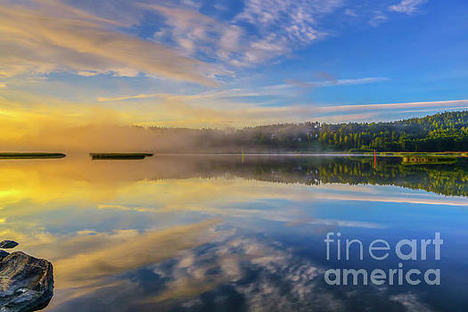 Wonderful morning 4 by Veikko Suikkanen