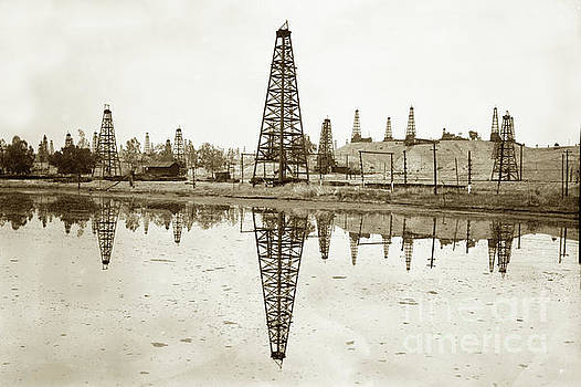 California Views Mr Pat Hathaway Archives - wooden derrick reflection in  oil kak  California Oil Field circ