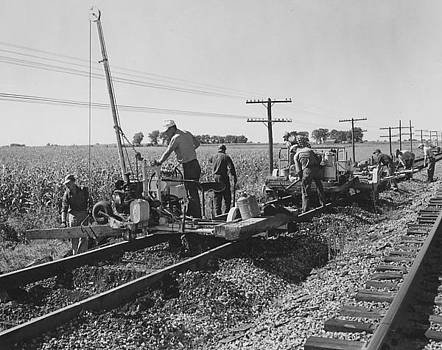 Chicago and North Western Historical Society - Working on the Rails - 1957