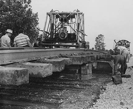 Chicago and North Western Historical Society - Working on Rails -1957