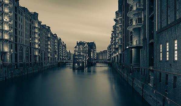 world heritage - Hamburg by Silke Tuexen