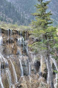 World of Waterfalls China by Bill Hamilton