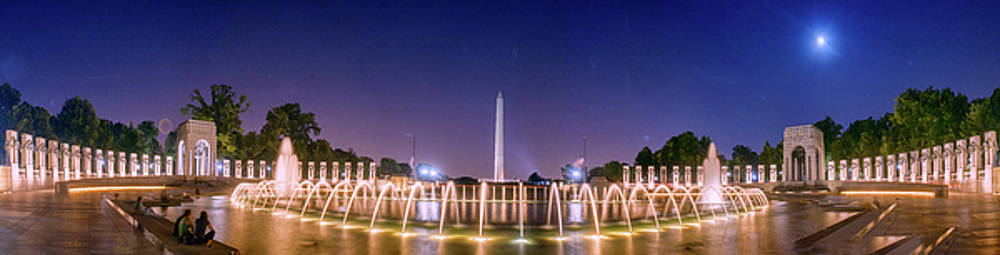 World war 2 memorial with full Moon and Washington Monument by Rima Biswas