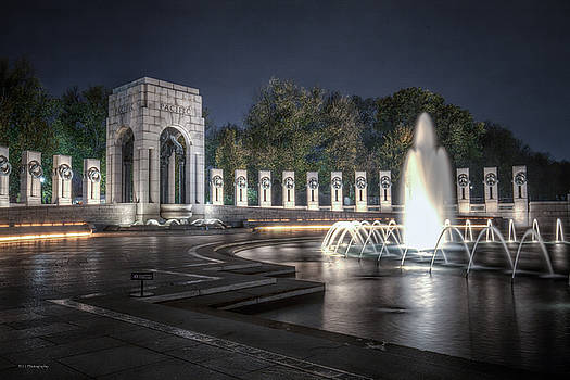 World War II Memorial at Night by Ross Henton