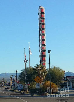 Gregory Dyer - Worlds Tallest Thermometer