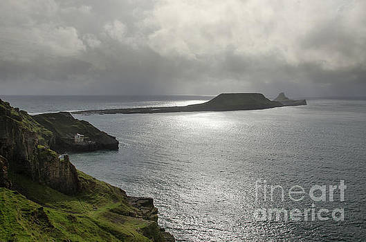 Worms Head, Rhossili Bay, South Wales by Perry Rodriguez
