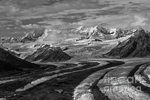 Wrangell Mountains by Moore Northwest Images