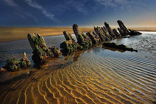 Wreck Cefn Sidan by Phil Fitzsimmons