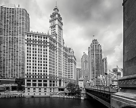 Wrigley Building Chicago by Adam Romanowicz