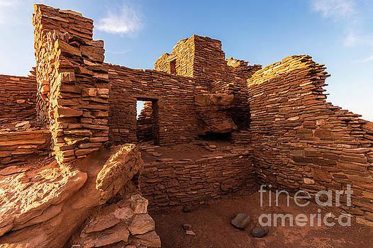Wupatki National Monument Indian Ruin - Arizona by Gary Whitton