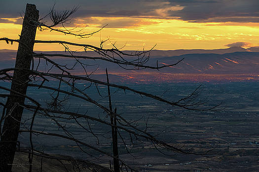 Yakima Valley From sedge Ridge by Ron Day