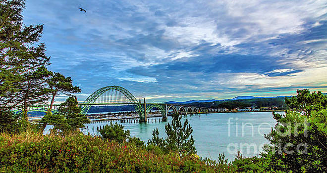 Jon Burch Photography - Yaquina Bay Bridge