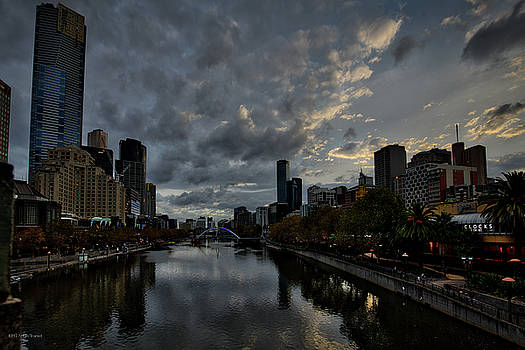 Yarra River Sunset, Melbourne by Ross Henton