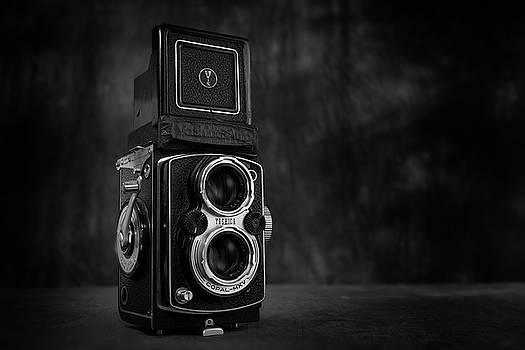 Yashica Twin Lens Reflex by Mark Wagoner