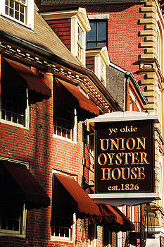 Ye Old Union Oyster House by James Kirkikis