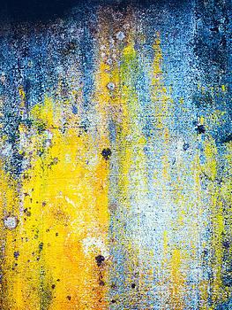 Silvia Ganora - Yellow and white abstract wall