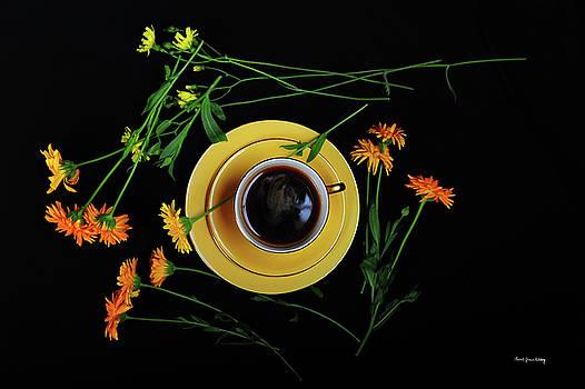 Yellow Coffee Break by Randi Grace Nilsberg