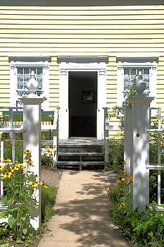 Valerie Kirkwood - Yellow House, Yellow Flowers