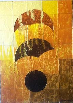 Yellow Moon by Delfina Mendonca