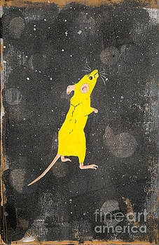 Yellow mouse by Stefanie Forck