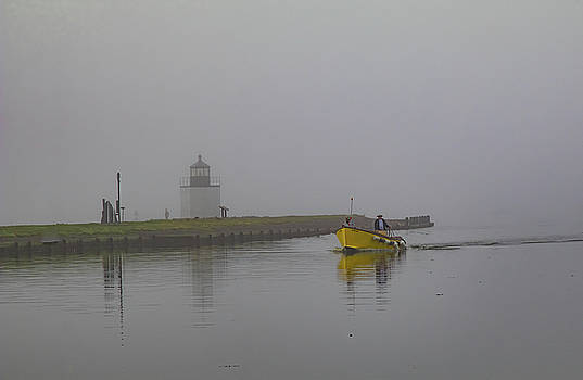 Yellow taxi at Derby Lighthouse by Jeff Folger