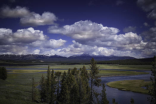 Yellowstone River by Jason Moynihan