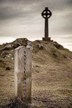 Ynys Llanddwyn by Christine Smart