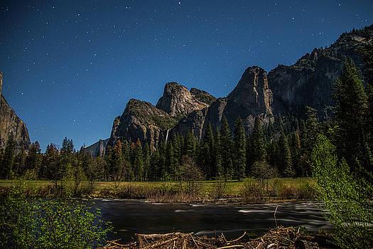 Yosemite at night by Khalid Mahmoud