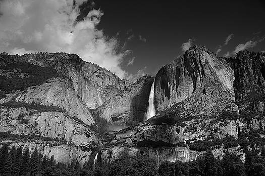 Yosemite Falls from Cook's Meadow in Black and White by Raymond Salani III