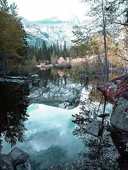 Yosemite Lake 2 by Julie Lourenco