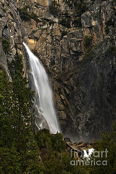 Adam Jewell - Yosemite National Park Cascade Falls