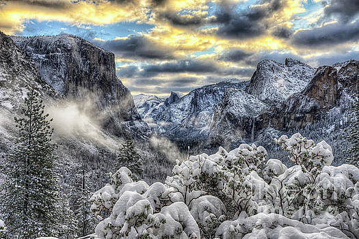 Wayne Moran - Yosemite National Park Tunnel View Winter Beauty II
