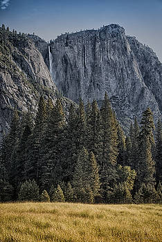 Yosemite by Phil Abrams