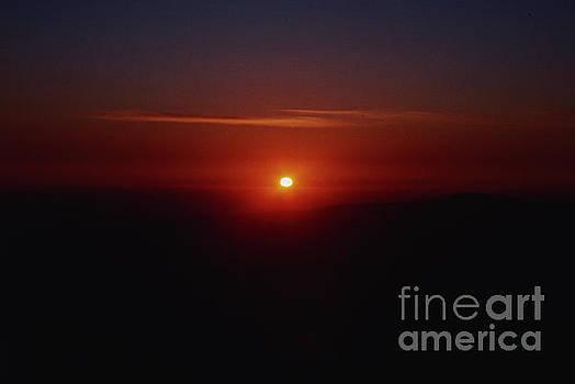 Yosemite Sunset Mountain Peak by Daniel Larsen