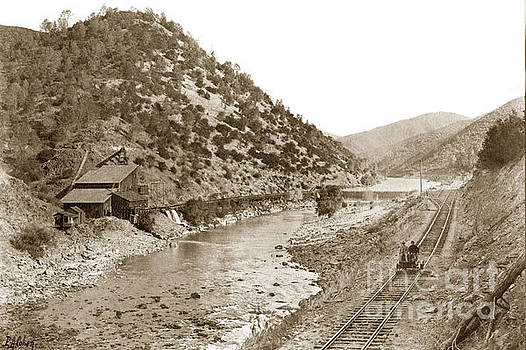California Views Mr Pat Hathaway Archives - Yosemite Valley Railroad At the mine E. A. Cohen photo Sept. 7 1907