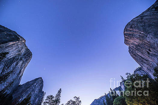 Michael Tidwell - Yosemite Valley Vertical