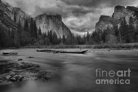 Adam Jewell - Yosemite Valley View Black And White