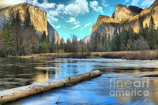 Adam Jewell - Yosemite Valley View Sunset