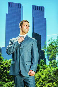 Alexander Image - Young American Business man traveling, working in New York