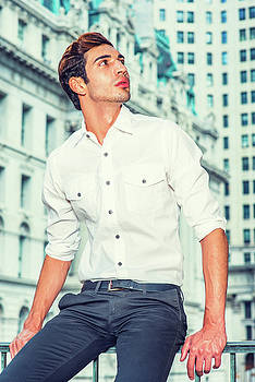 Alexander Image - Young American Businessman Looking for Success.