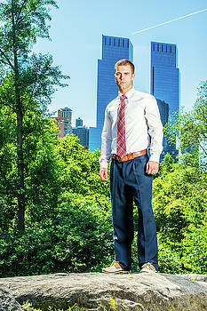 Alexander Image - Young American Businessman traveling, working in New York in hot