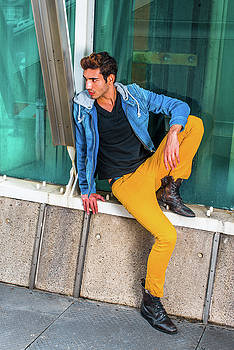 Alexander Image - Young Man Waiting for You on street in New York